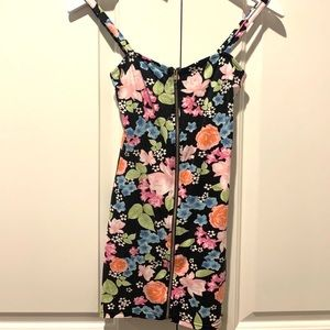 H&M Divided Floral Full Front Zip Dress - Used